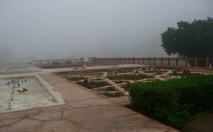 Английская гостиная: Форд Амер, Часть 1. Джайпур (Индия)