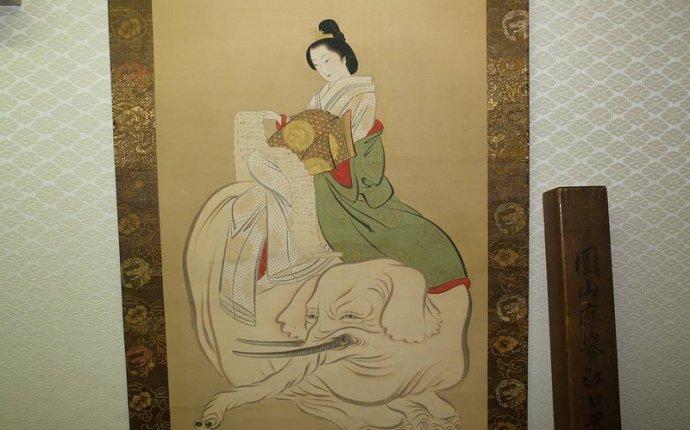 Красавица с белым слоном - Заходите, гостем будете!