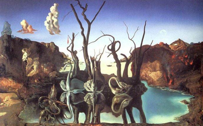 Лебеди, отражающиеся в слонах